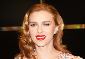 Scarlett Johansson To Make Broadway Debut