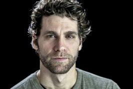 Spotlight On: Josh Davis in Broadway's 'Beautiful'