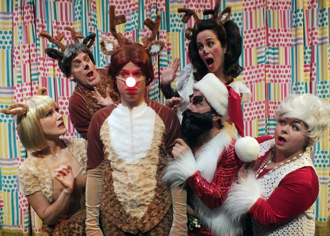 'Rudolph the Red-Nosed ReinDOORS' Lights a Roaring Yuletide Fire